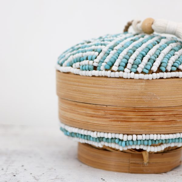 https://thewildworld.fr/wp-content/uploads/2019/12/petite-boite-ronde-turquoise-coté-scaled.jpg